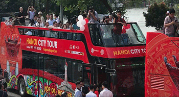 hop on hop off two-level bus in Hanoi