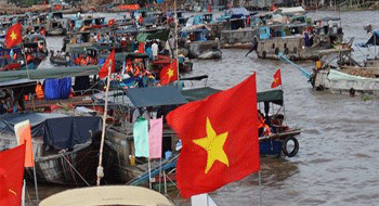 Cai Rang floating market in Vietnam: National Heritage