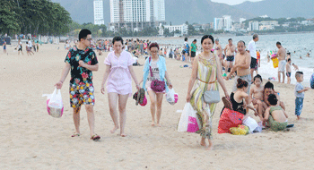 Chinese tourists in Nha Trang