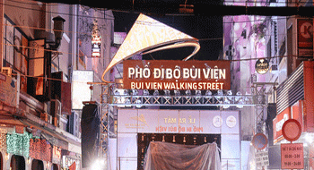 Ho Chi Minh City in Vietnam opened the Bui Vien Pedestrian Street